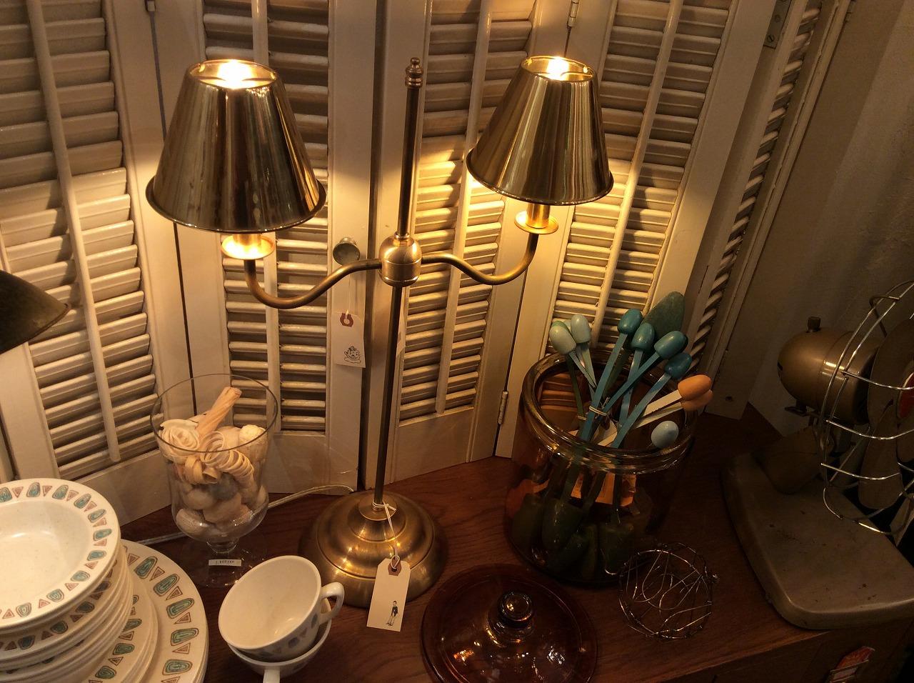2-Bulbs stand light