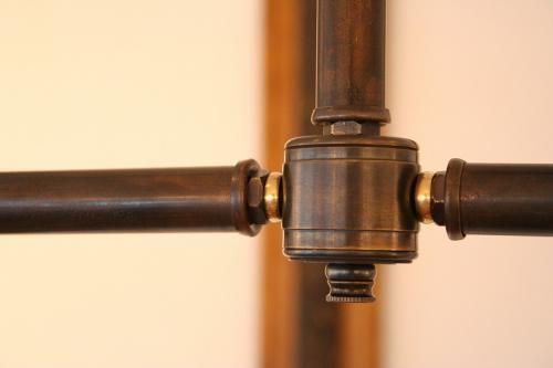 "Original 2-Bulbs Pole Light ""Aging"