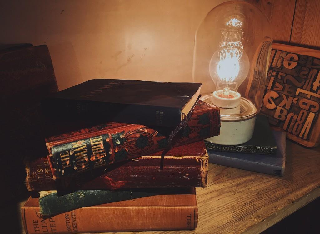 この秋、本に囲まれたい。