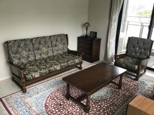 横浜クラシック家具のコロニアル3Pソファーの張り替え
