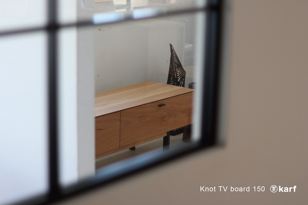 "karf online store に ""Knot TV board 150 "" を掲載しました。"
