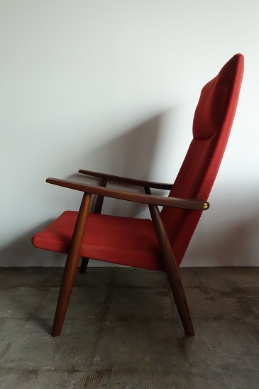 GE260 High back chair by Hans J.Wegner
